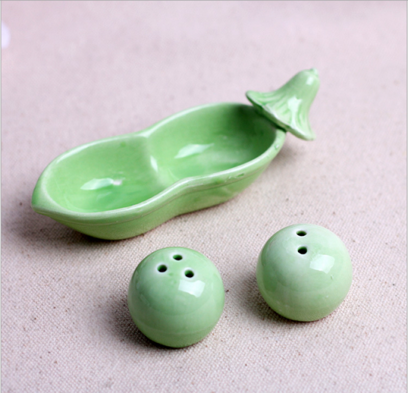 Wmsb2004 two peas in a pod salt and pepper shakers as low as box salt and pepper - Two peas in a pod salt and pepper shakers ...
