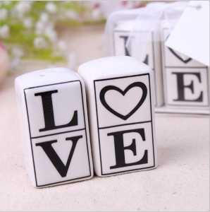 "WMSB2029 ""LOVE"" Salt & Pepper Shakers - As Low As RM 4.60/Box"