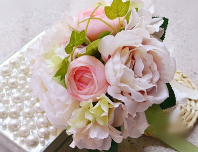 WHB1004 Elegant White & Light Pink Rose Hand Bouquet