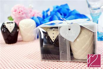 WMSB2001 Bride and Groom Salt & Pepper Shakers ( Tuxedo & Gown)   - As low as RM3.60 / Box